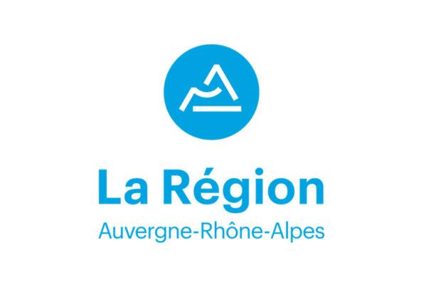 Politique région Auvergne-Rhône-Alpes : gratuité des manuels scolaires